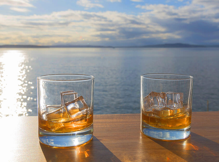 Enjoy a beachfront stroll where a variety of whiskeys, bourbons and scotches will be on offer for your tasting